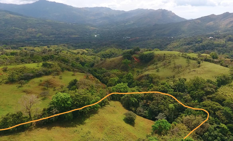 Riverfront mountain property for sale in Santa Fe, Veraguas
